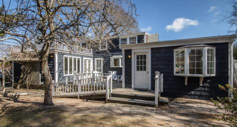 266 State Road Vineyard Haven MA 02568