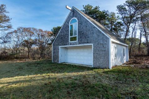 77 North Neck Road Edgartown MA 02539