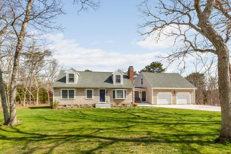 17 Tower Ridge Road Oak Bluffs MA 02575