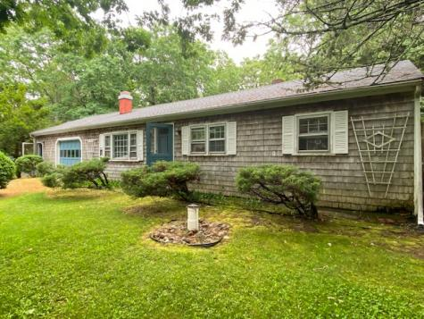 328 State Road West Tisbury MA 02575