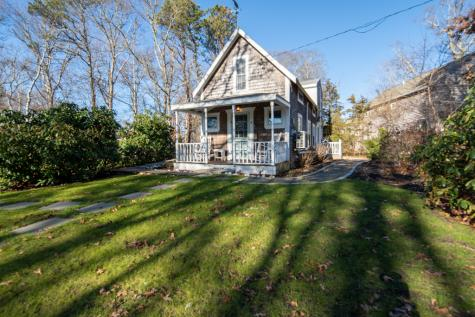 4 Winemack Street Oak Bluffs MA 02557