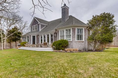 30 Pond Lane West Tisbury MA 02575